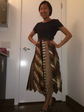 Guest Blogger: Jayninn and her amazing skirt of ties